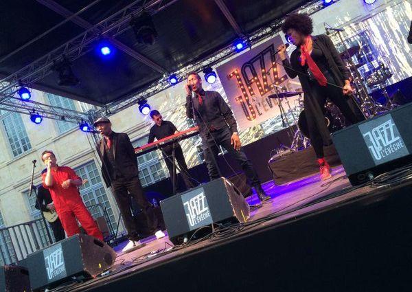 Le groupe Push Up! à Jazz à l'Evêché à Orléans, le 25 juin 2016.
