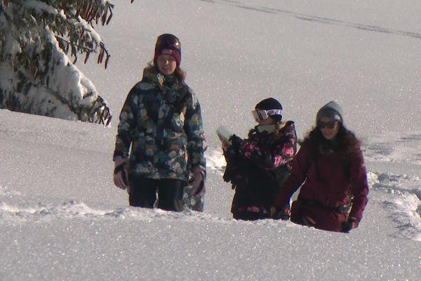 Une dizaine d'influenceuses sont les invitées de la station d'Avoriaz pour promouvoir une montagne sans ski alpin.