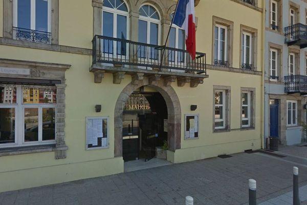 Mairie d'Épinal (Vosges - Archive)