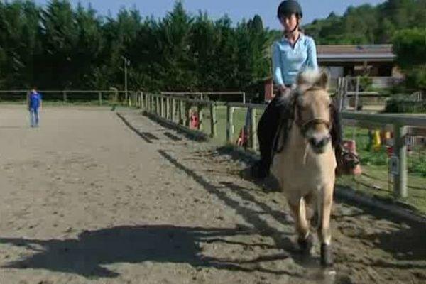 Cours d'équitation dans un centre équestre gardois - 19/10/2014