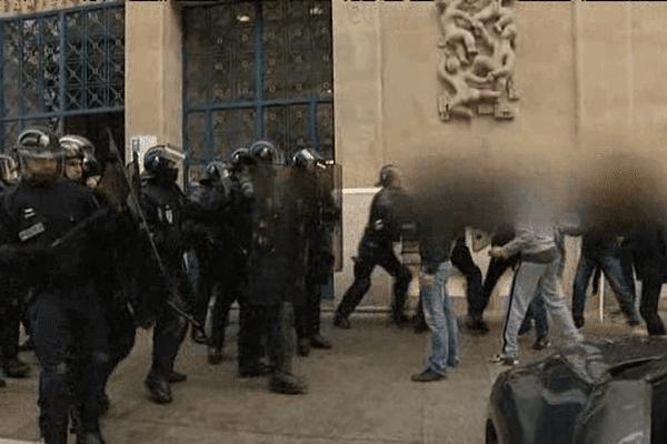 Affrontements hier devant la Caf de Caen au lendemain du passage en force de la loi El Khomri grâce au 49.3
