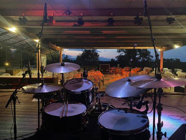 Derniers préparatifs pour la 27e édition du festival Settembrinu di Tavagna, à quelques heures de l'ouverture.