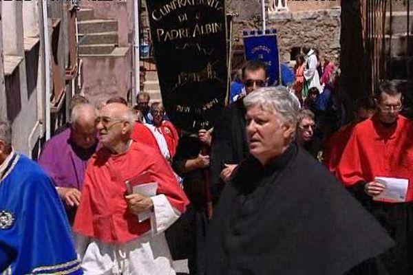 Les confréries de Corse se sont retrouvées à Piana pour leur rassemblement annuel,dimanche 26 juillet
