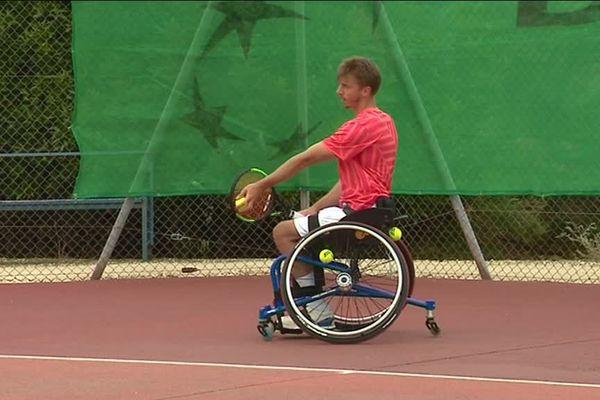 Geoffrey Jasiak, 80e joueur mondial de tennis handisport