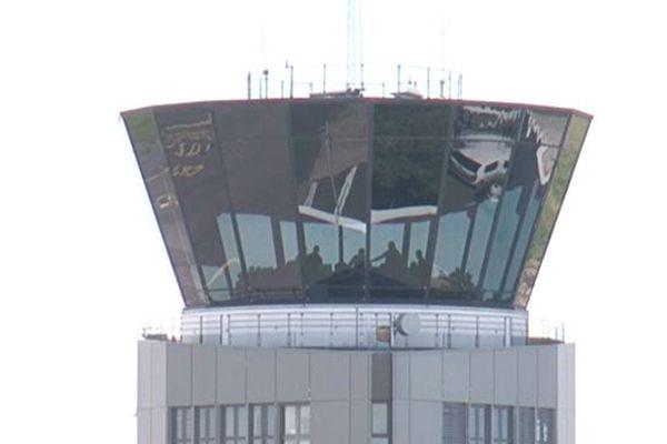 Montpellier - tour de contrôle de l'aéroport Montpellier-Méditerranée - 2013.