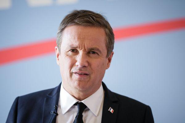 A l'issue du premier tour de la présidentielle 2017, Nicolas Dupont-Aignan est crédité de 4,7 % des votes.