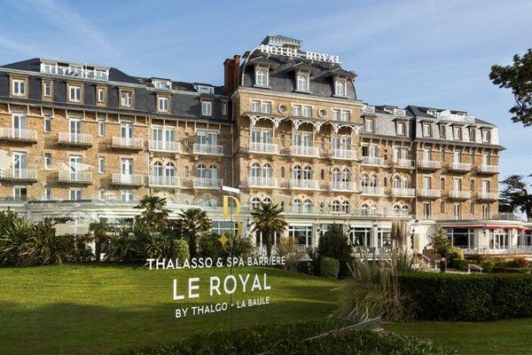 Le Royal-Thalasso Barrière intègre dans son complexe un des centres de thalassothérapie les plus luxueux et les plus renommés d'Europe.