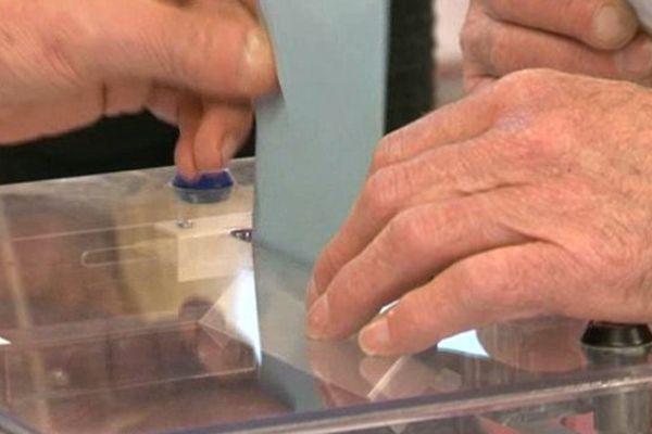 Les bureaux de vote sont ouverts de 8 heures à 18 heures