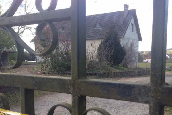 Libération de Gilles Tourny, soupçonné du meurtre de son voisin à Châteaumeillant, dans le Cher, en mars 2016