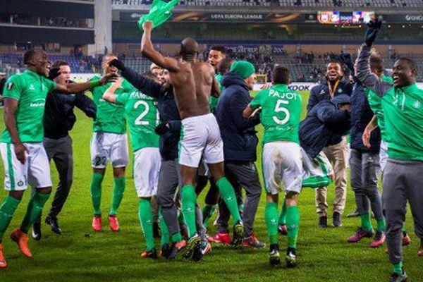 La belle victoire de l'ASSE a été suivie d'une effusion de joie au sein de l'équipe.