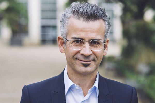 Emmanuel Denis remporte les Municipales 2020 à Tours