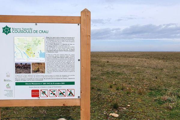 Le Coussol de Crau a retrouvé le même type de steppe qu'avant la rupture de l'oléoduc en 2009.