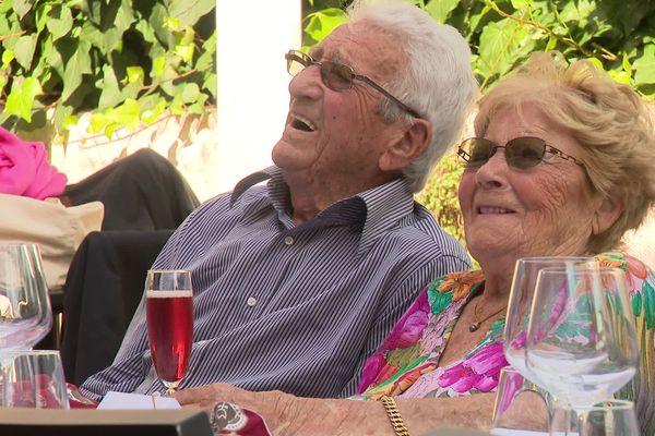 René et Denise Debove, 99 ans, ont célébré leurs noces de chaînes - 2 octobre 2021