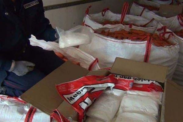 Saisie de  63,380 kg d'amphétamines par les agents des douanes de Bayonne lors d'un contrôle routier sur l'autoroute A/63