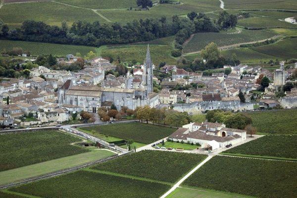 Vue aérienne de Saint-Emilion en 2014.