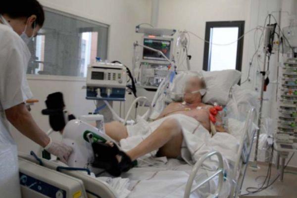 Au CHU de Clermont-Ferrand, les patients atteints du coronavirus en réanimation devront passer par plusieurs semaines de rééducation pour récupérer leurs capacités physiques. (Photo d'illustration)