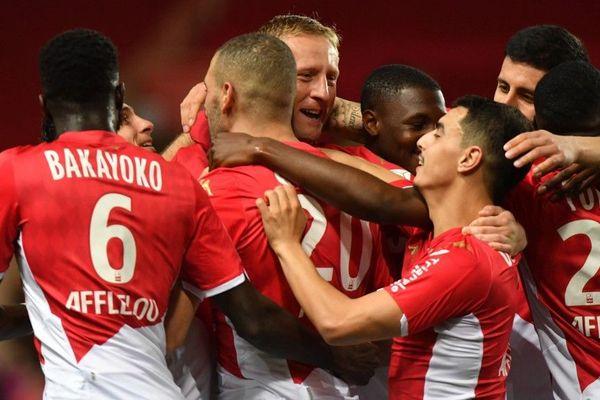 Joueurs de l'AS Monaco célébrant un but, le 14 février 2020