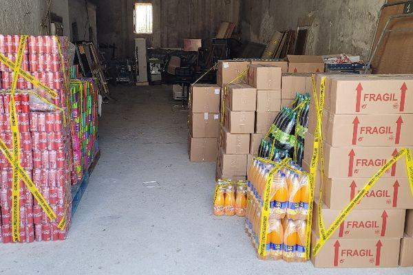 Des boissons et autres denrées périssables saisies par les gendarmes offertes par décision de justice à la Banque alimentaire de l'Hérault.