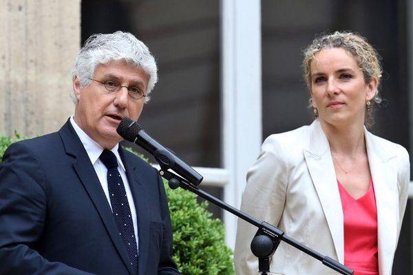 Philippe Martin lors de la passation de pouvoirs avec Delphine Batho ce mercredi matin