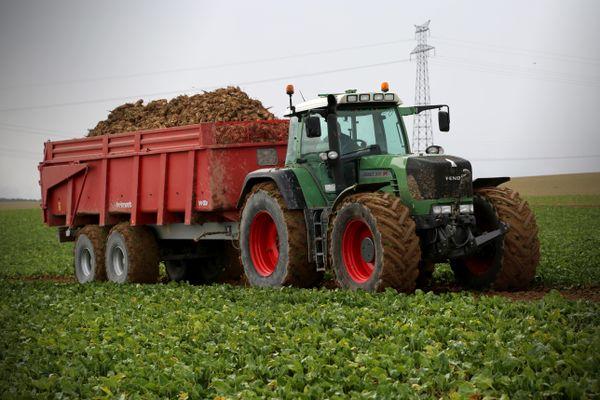 Depuis lundi les tracteurs s'activent pour cette campagne 2020