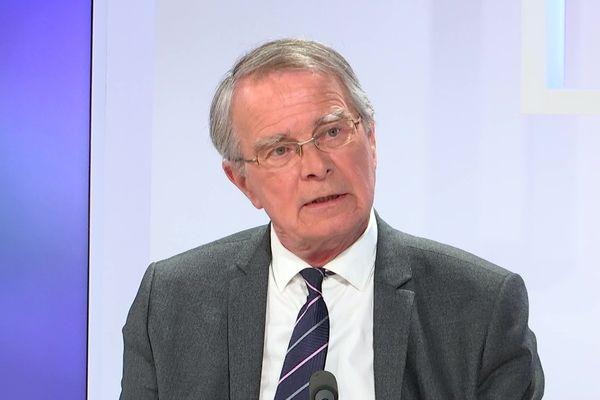 Fernand Burkhalter (DVG), maire de Héricourt (Haute-Saône)