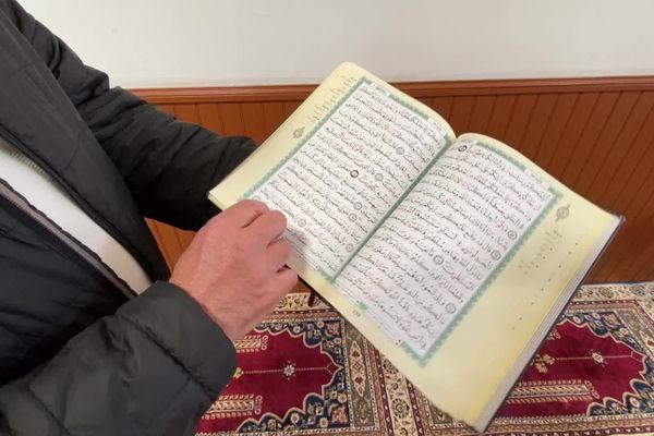 Le Ramadan 2021 a débuté le 13 avril dernier. Pour la seconde année consécutive, ce mois de jeûne, un des piliers de l'Islam, est totalement bouleversé.