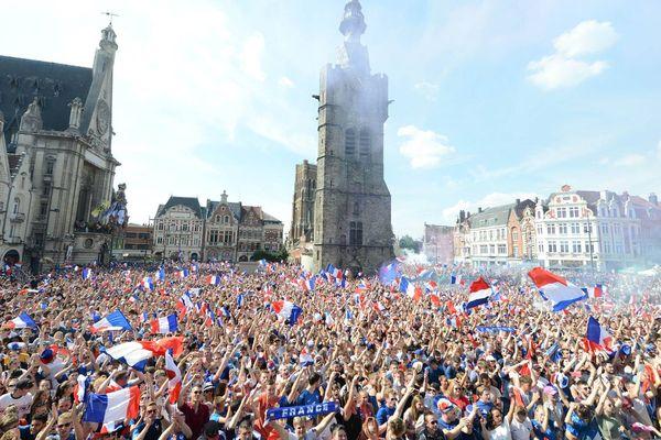 Il y a un an sur la Grand'Place de Béthune...