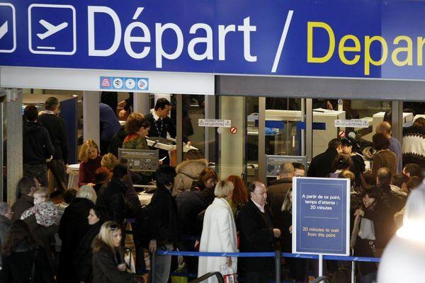 6 vols annulés ce lundi soir au départ de Nice.