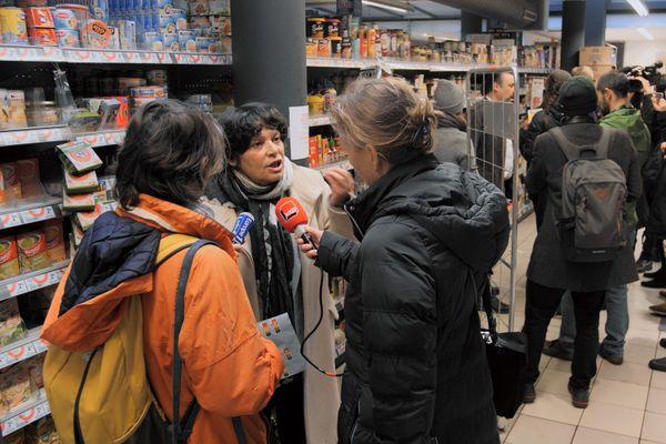L'eurodéputée Michèle Rivasi livre une parole libre et claire sur ses combats.