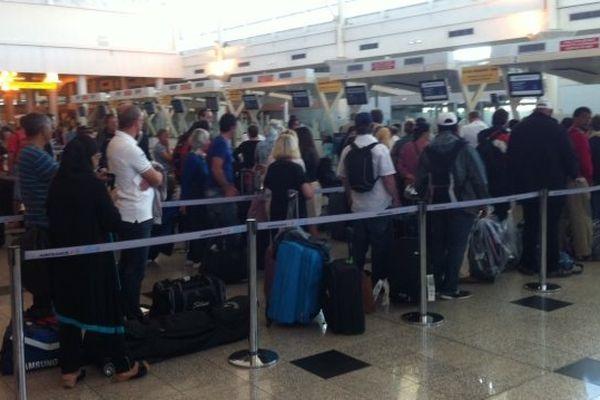 31/05/14 - Grève des personnels Air France à l'aéroport d'Ajaccio: des retards, de l'attente mais pas d'annulations