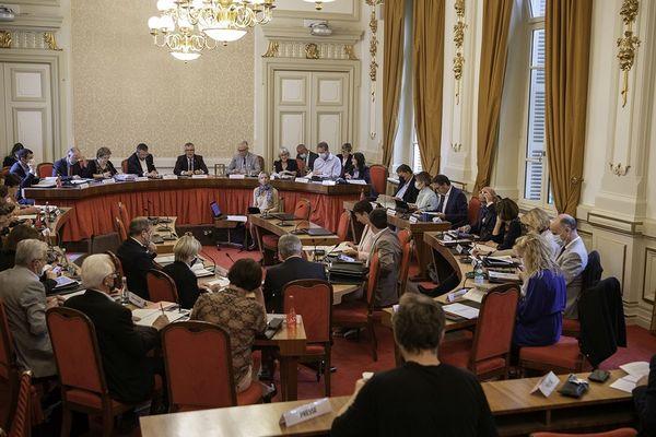 L'assemblée départementale réunie ce lundi 20 septembre 2021.