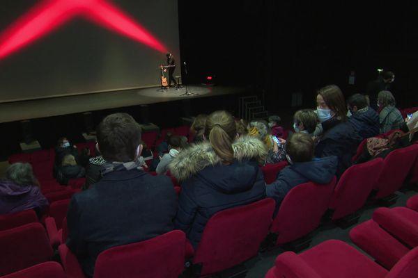 """Le Quai des arts, à Argentan, a participé ce samedi 30 janvier à l'opération """"Théâtres ouverts"""". 70 spectateurs étaient au rendez-vous."""