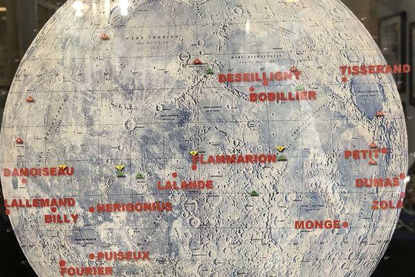 La face visible de la lune, et les cratères portant les noms de scientifiques français