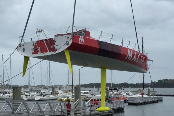Ce matin à Lorient, le MACSF de Bertrand de Broc à retrouvé la mer
