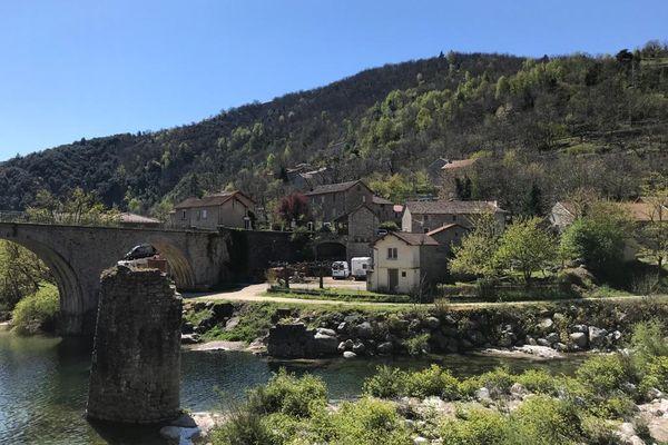 Le village de Pied-de-Borne est bordé par trois rivières et regroupe 23 hameaux - 14/04/2021