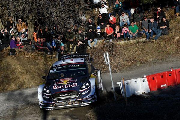 La Ford Fista RS WRC de Sébastien Ogien et Julien Ingrassia lors du shakedown du 86e Rallye Monte-Carlo