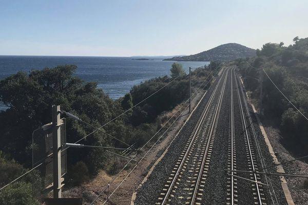 Suite à un mouvement interprofessionnel national, la circulation de vos trains sera perturbée ce mardi 24 septembre.