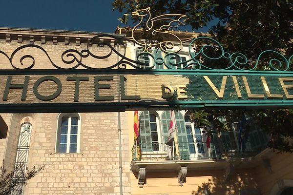 L'hôtel de ville de Draguignan.