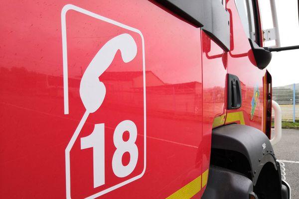Véhicule des sapeurs-pompiers.