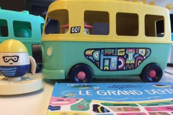 """Les """"Minis-Monde"""", des jouets 100% made in France, fabriqués en plastique recyclé."""