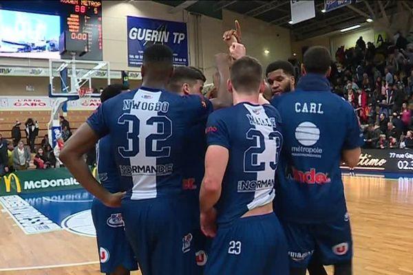 Les basketteurs rouennais ont dominé la partie, score final 88 - 76.