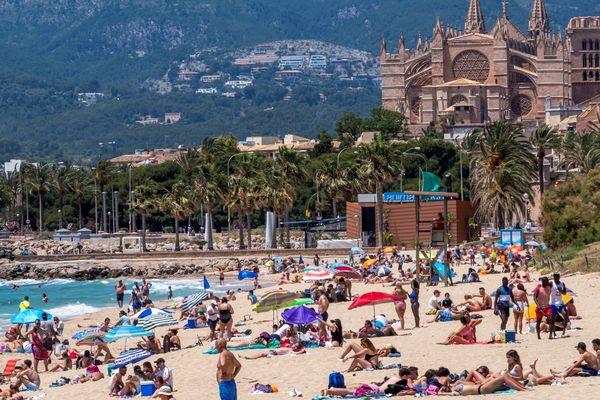 Une plage de Majorque (Baléares).