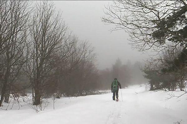 Le terrain de jeu de Fabien Geiler, accompagnateur de moyenne montagne : les pentes du col des Supeyres sur les Hautes Chaumes du Forez (63).