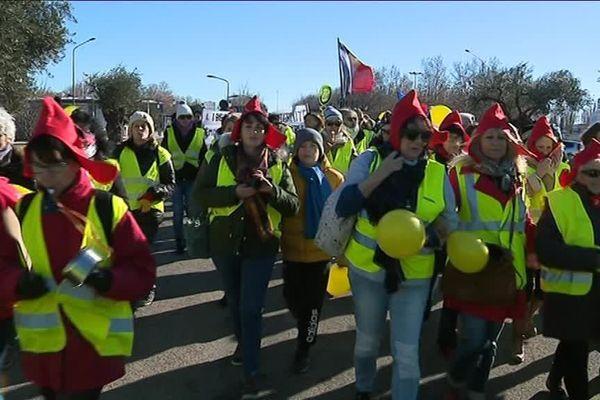 Une manifestation de gilets jaunes 100 % féminine à Nîmes.