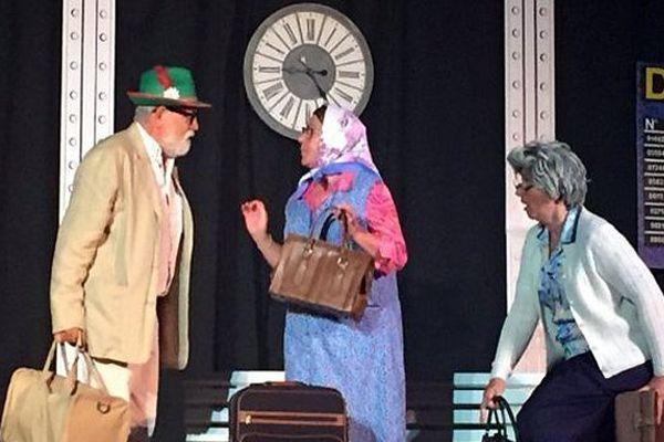 Les Théâtrales, festival de théâtre amateur, du 4 au 15 novembre au foyer communal de Castries dans le Gard.