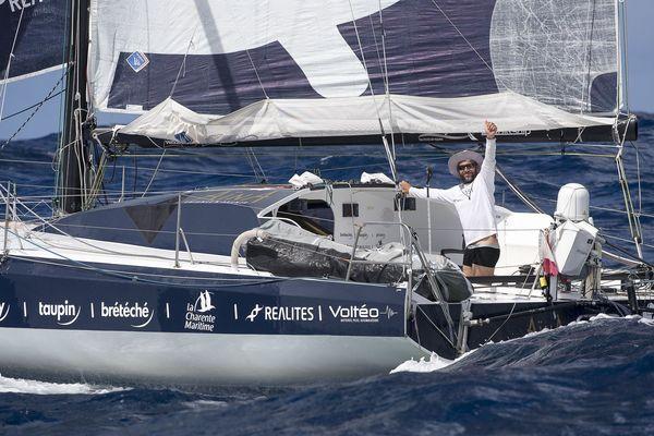 Aymeric Chappellier, à son arrivée, mardi soir en Guadeloupe.
