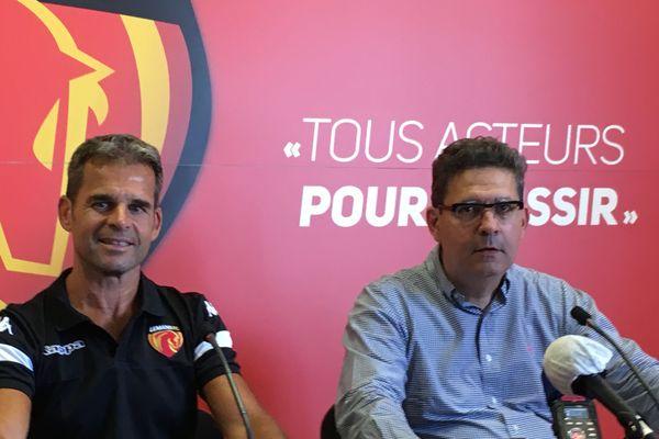 Thierry Gomez, aux côtés de son nouvel entraîneur, Didier Ollé Nicolle.