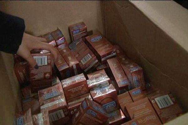 Une distribution de préservatifs a été organisée