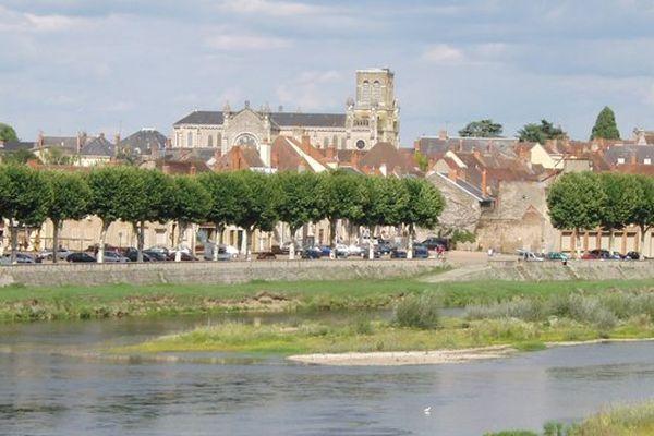 La ville de Digoin, en Saône-et-Loire