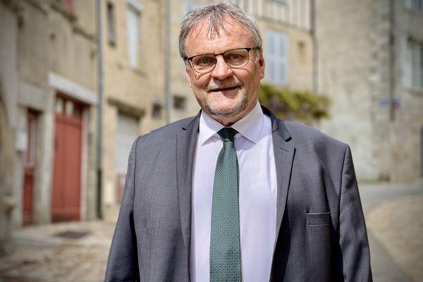 Jean-Claude Leblois président PS sortant du conseil départemental de la  Haute-Vienne, réélu sur le canton de Saint-Léonard-de-Noblat lors des élections départementales de juin 2021